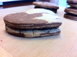 Gluten-free Sandwich Cookies Side View